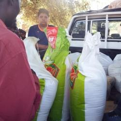 Doação de mais de 800 quilos em alimentos aos órfãos