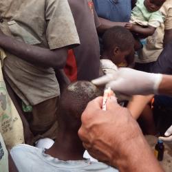 Atendimento a crianças em Chavundira, Tete e Moçambique, na África